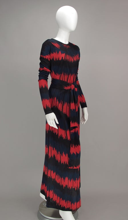 Vintage Roberta di Camerino Red and Blue Optical Print Maxi dress 1977 For Sale 3