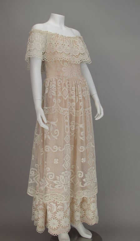 1960s boheimian lace luxe wedding dress 2