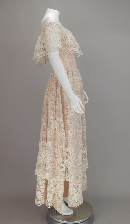 1960s boheimian lace luxe wedding dress 3