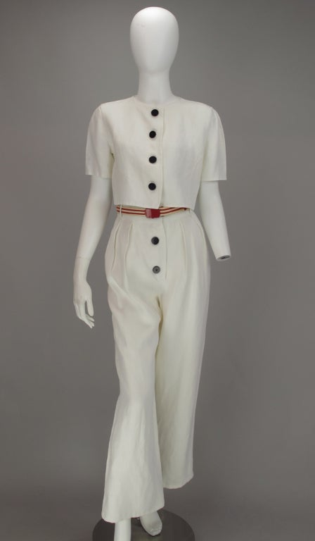 Katherine Hepburn came to mind when we looked at these photos...Bill Blass certainly took inspiration from those fab 30s movies, well maybe...known for his classic taste and style, this outfit is cool and casual and ready for summer...crisp white