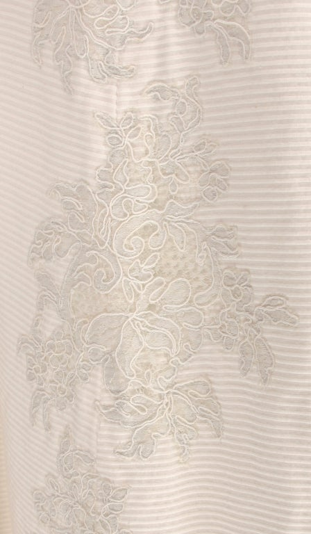 1960s Philip Hulitar lace applique cocktail dress In Excellent Condition For Sale In West Palm Beach, FL