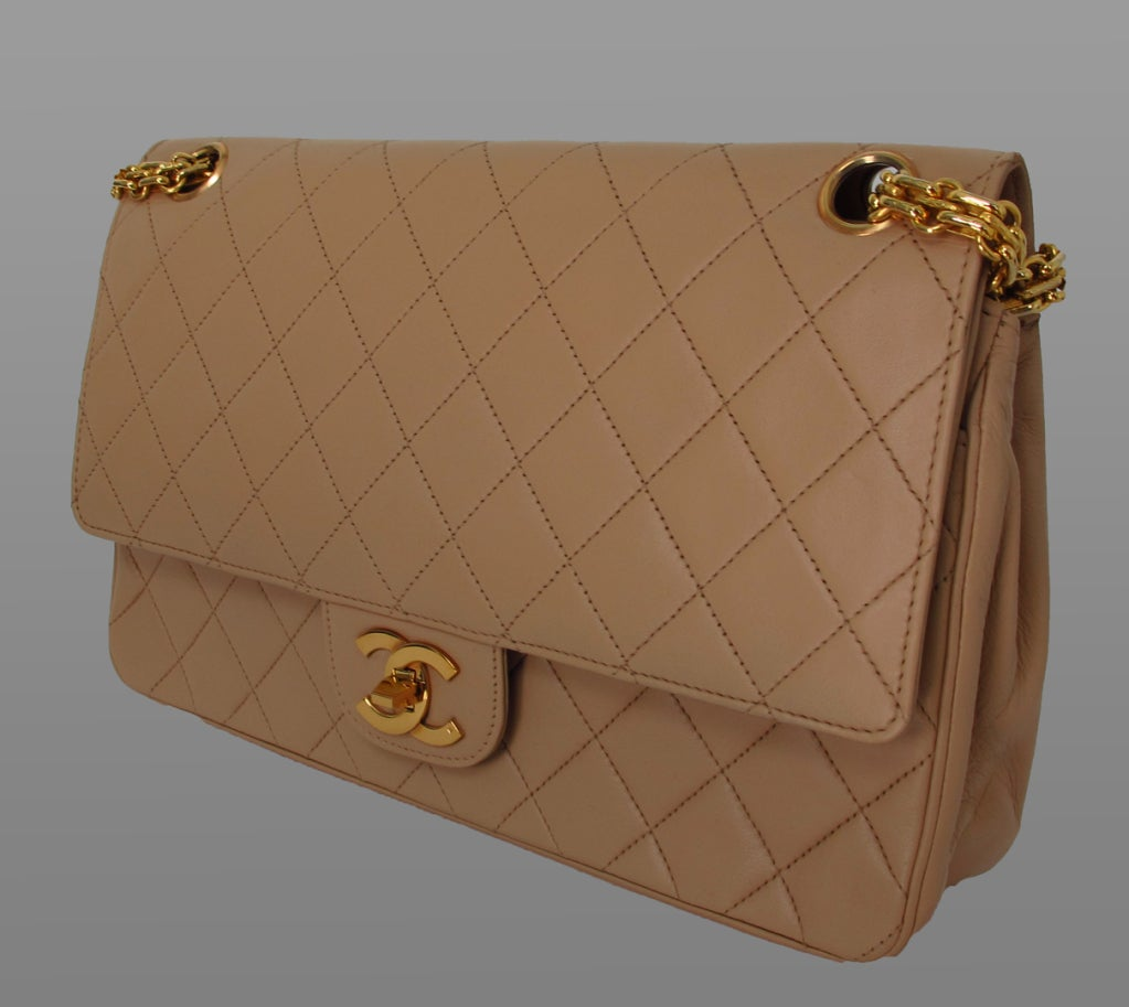 Chanel 2.55 handbag 1970s image 2