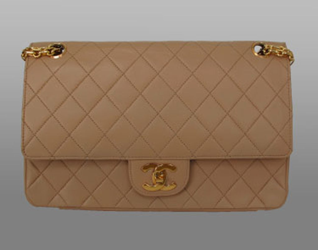 Chanel 2.55 handbag 1970s image 3