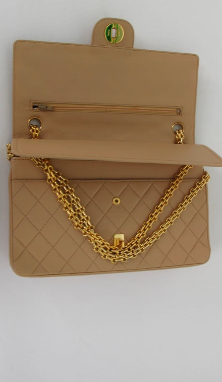 Chanel 2.55 handbag 1970s image 8