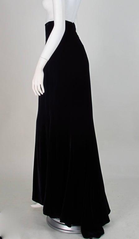 1990s Ungaro black velvet fish tail hem maxi skirt For Sale 3