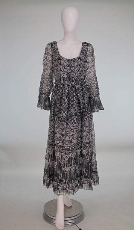1970s Oscar de la Renta Bohemian tribal print dress 2