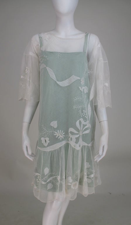 Gray 1920s Gatsby era embroidered tulle tea/wedding dress For Sale