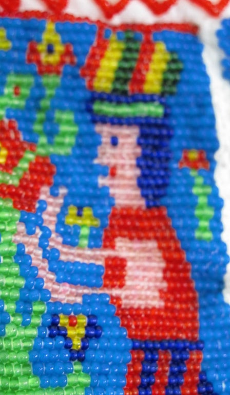 Rare micro beaded Mexican peasant blouse 8