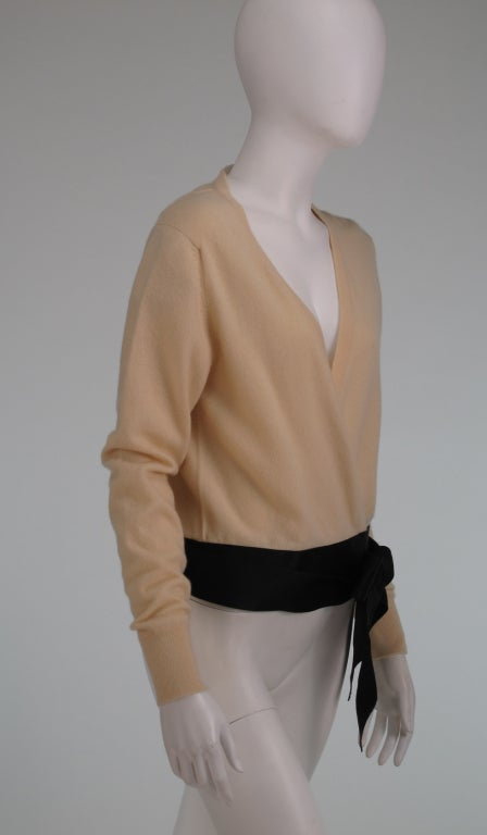 Chanel  cashmere wrap sweater For Sale 4