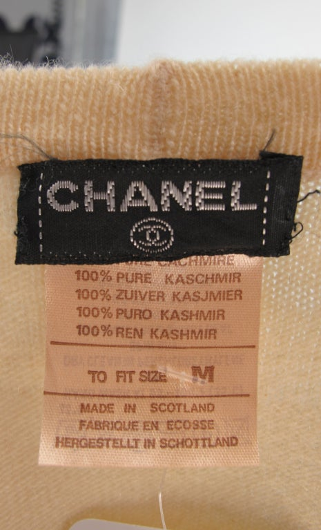 Chanel  cashmere wrap sweater For Sale 6