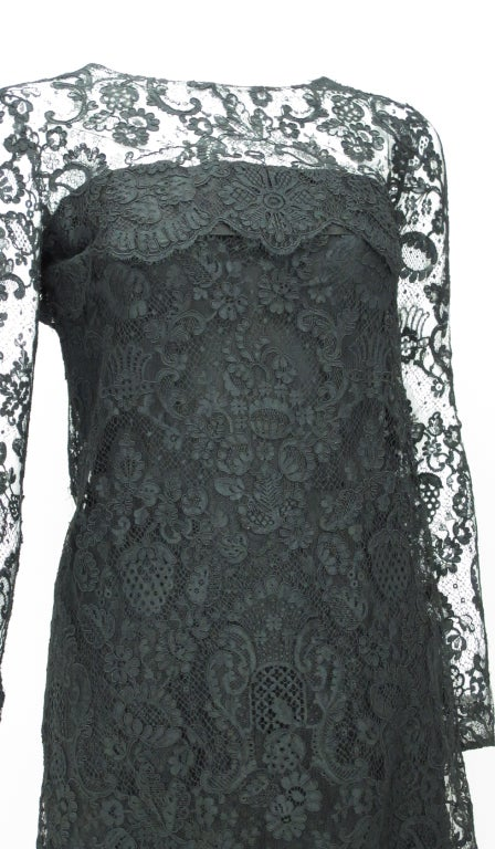 Guy laroche couture guipure lace cocktail dress at 1stdibs for Haute couture requirements