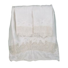 Trousseau sheet & shams embroidered linen, Duchesse lace