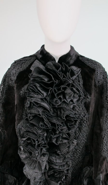 Oscar de la Renta Couture beaded fur evening cape For Sale 3