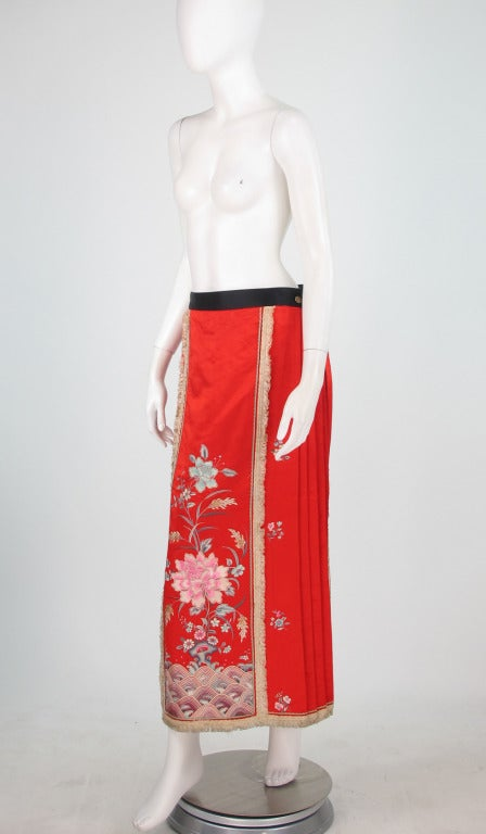 1920s silk embroidered Chinese evening skirt 3