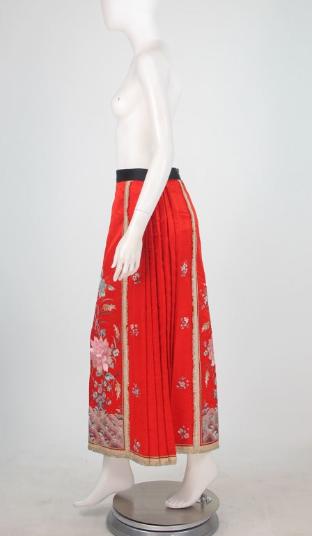 1920s silk embroidered Chinese evening skirt 4