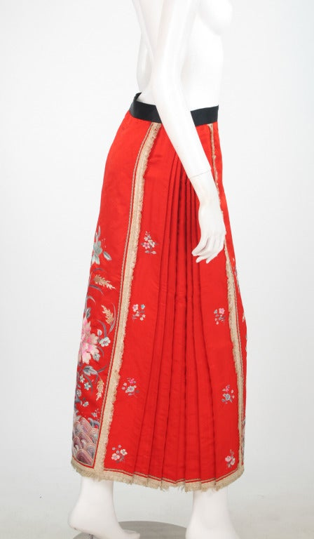 1920s Silk Embroidered Chinese Evening Skirt For Sale At