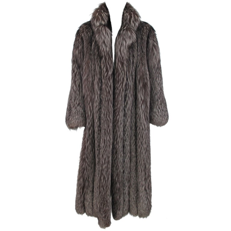 1990S Luxurious Full Length Silver Fox Fur Coat At 1Stdibs-8885
