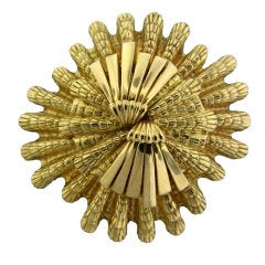 DAVID WEBB Gold Shell Motif Brooch