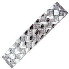 CHANEL Matelasse Gold 2.00ctw Diamond Bracelet