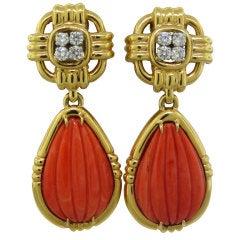 DAVID WEBB Coral Diamond Gold Platinum Drop Earrings