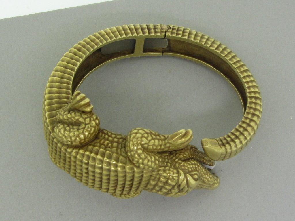 KIESELSTEIN CORD Gold Large Alligator Bangle Bracelet at ...