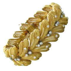 LE TRIOMPHE Gold 3.00ctw Diamond Large Bracelet