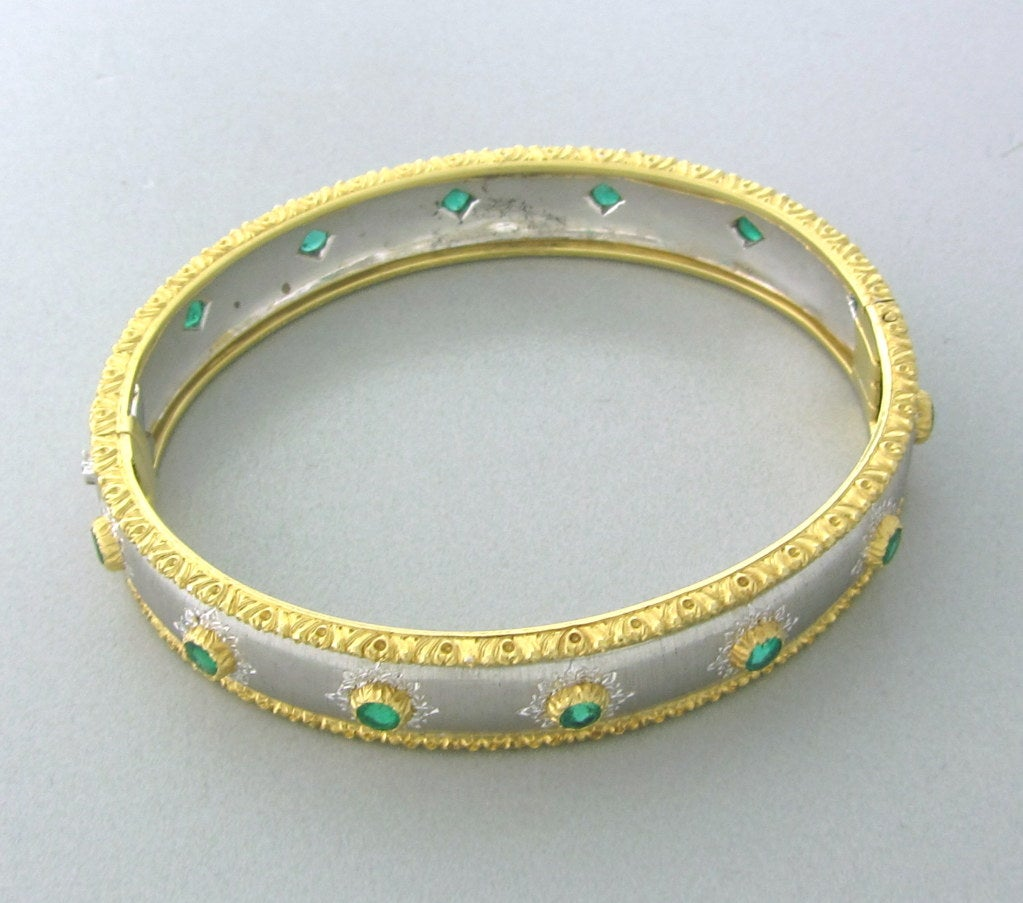 Women's Buccellati Gold Emerald Bangle Bracelet For Sale