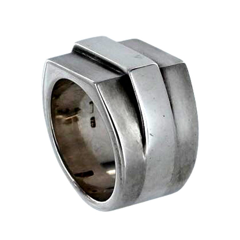 gucci sterling silver ring at 1stdibs
