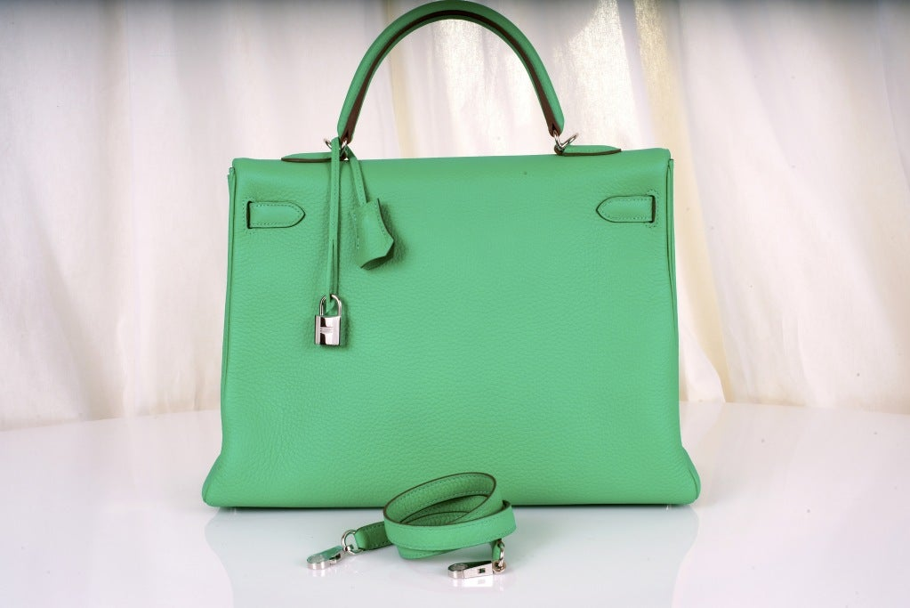 HERMES KELLY BAG 35CM MENTHE MINT OMG COLOR! image 5