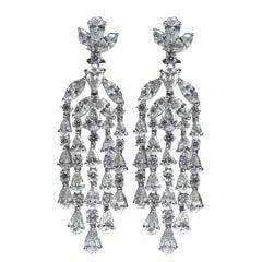 Magnificent Combination of Fancy Diamonds
