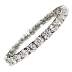 Important  21.15 Carat Diamond Tennis Bracelet