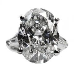 Magnificent Eight Carat Diamond Ring