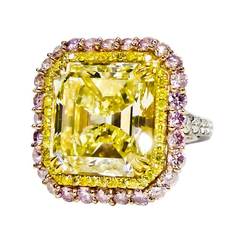 Spectacular GIA Certified 13.00 Carat Fancy Yellow Diamond Platinum Ring