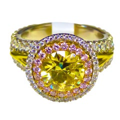 Gorgeous Fancy Yellow and Intence Pink Diamond ring