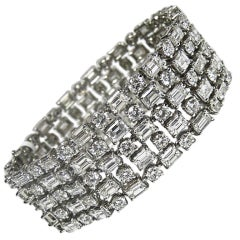 Magnificent 48.15 All Round and Emerald Cut Diamond Bracelet