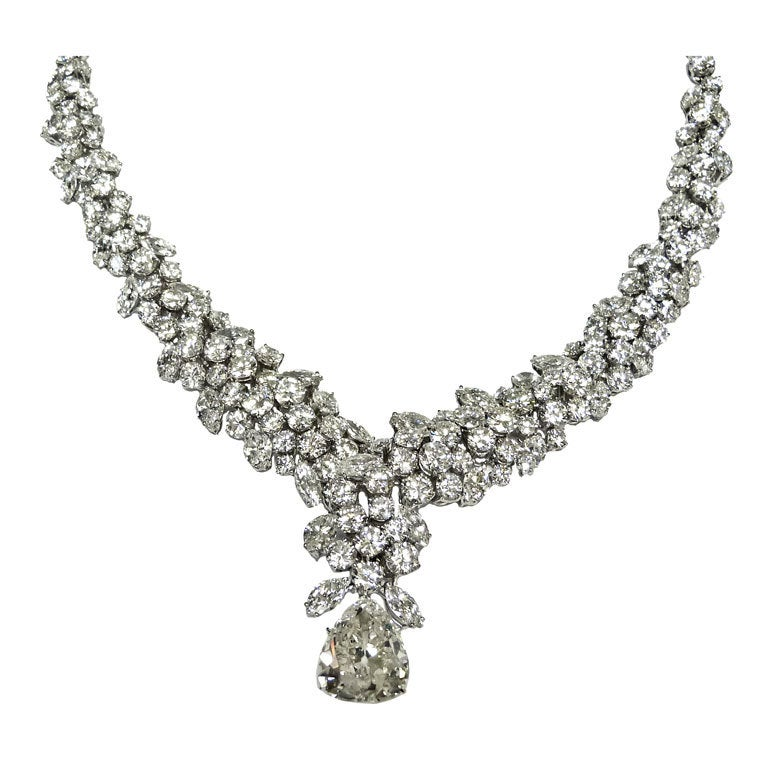 Important 70.00 CT. Diamond Necklace along with 15 CT Pear drop