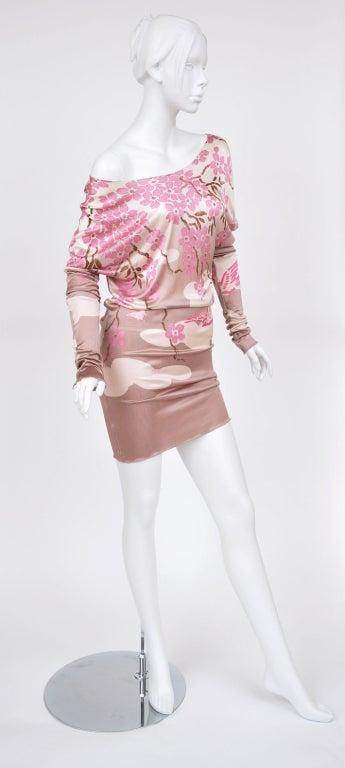 Tom Ford for Gucci Japanese Print Dress For Sale 1