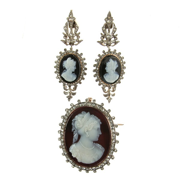 Louis-Philippe I Onyx and Rose-Cut Diamond Cameo Brooch image 2