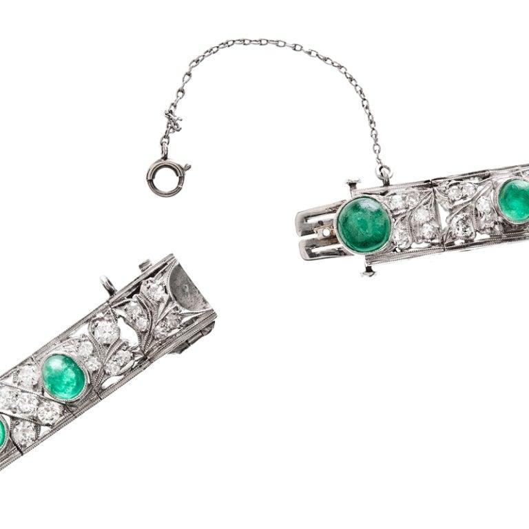 Art Deco Emerald Diamond Platinum Bracelet In Excellent Condition For Sale In Carmel-by-the-Sea, CA