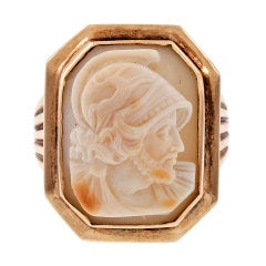 Shell Cameo Yellow Gold Victorian Gentleman's Ring