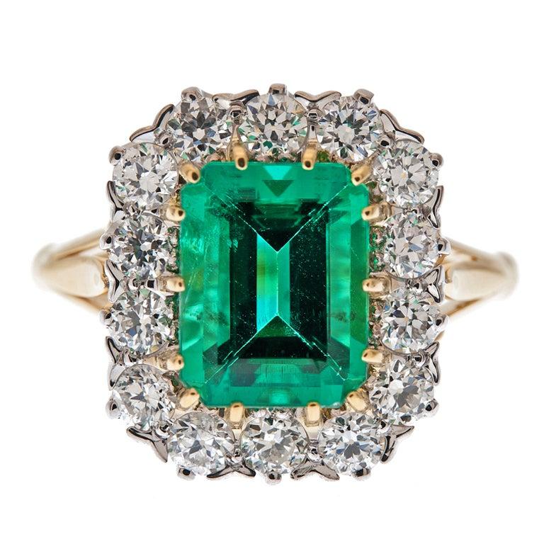 """Fine Emerald & Diamond """"Cluster"""" Ring 1"""