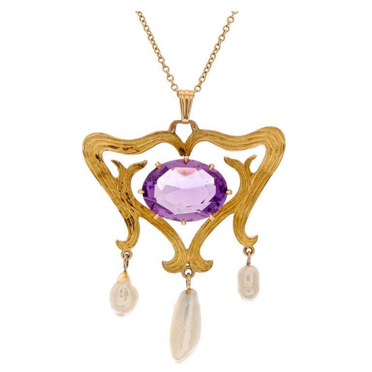 American Amethyst Pearl & Yellow Gold Antique Drop Pendant For Sale