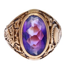TIFFANY & CO Hunter College Class Ring with Amethyst 1932