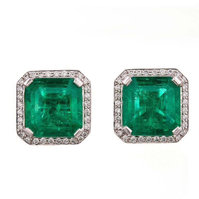Shani Emerald: Important Colombian Emerald Diamond And Platinum Earrings