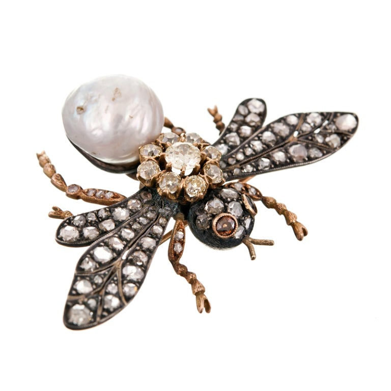Yellow Diamond and Pearl Bee Brooch image 2