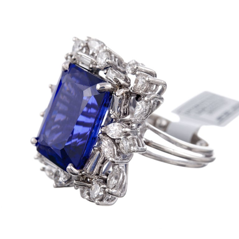 13.51 CT Tanzanite Baguette and Round Diamond Cluster Ring 2