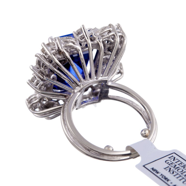 13.51 CT Tanzanite Baguette and Round Diamond Cluster Ring 3
