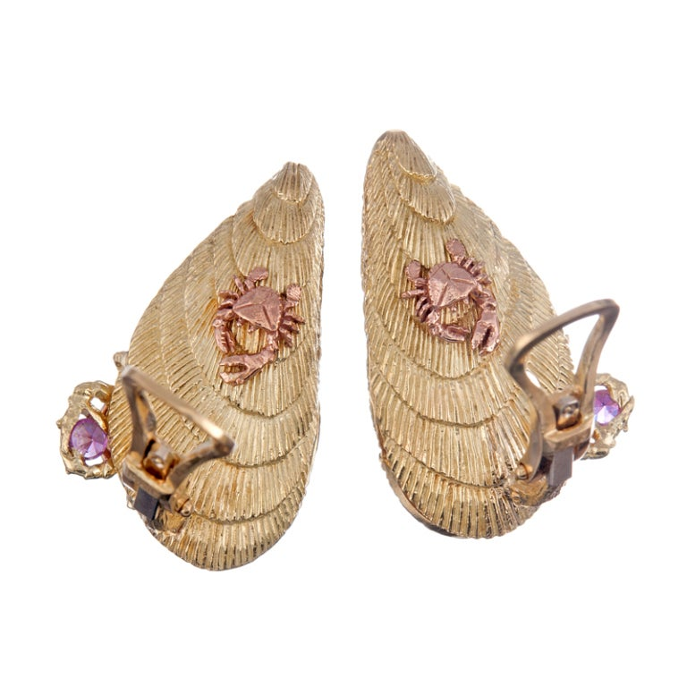 Exceptionally Detailed Shell Earrings In Excellent Condition For Sale In Carmel-by-the-Sea, CA