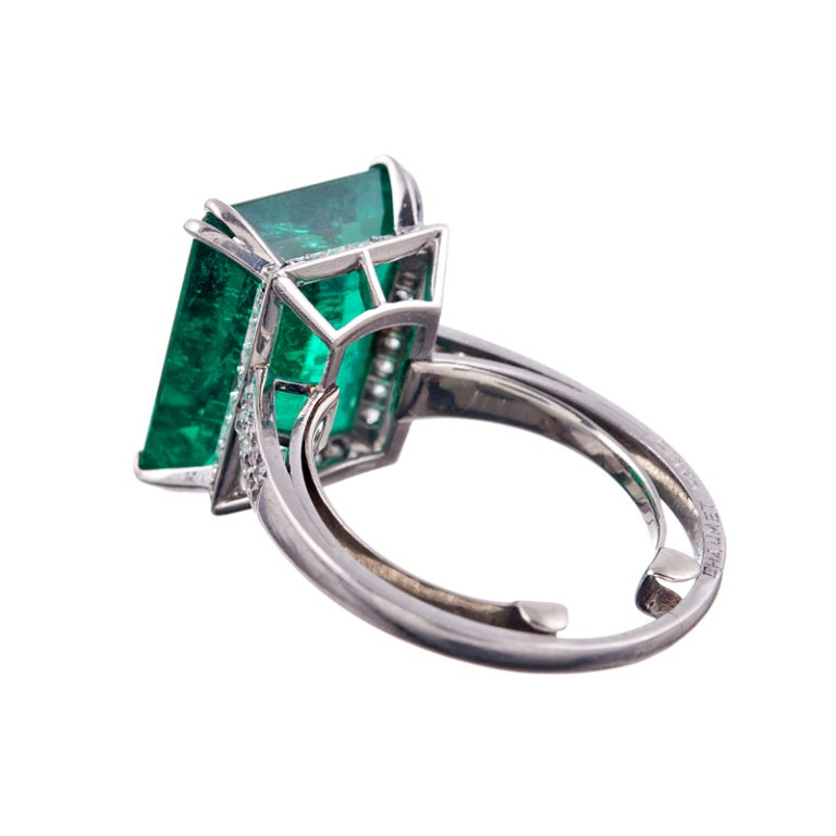 1955 CHAUMET Exceptional 7.80Ct Colombian Emerald Signed Ring In Excellent Condition In Carmel-by-the-Sea, CA