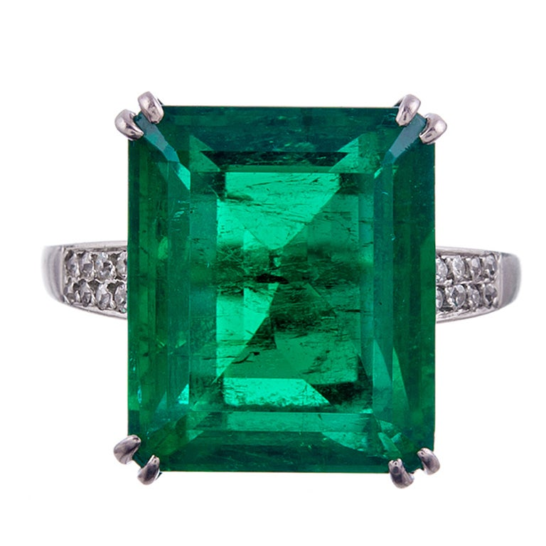 1955 CHAUMET Exceptional 7.80Ct Colombian Emerald Signed Ring